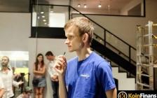 Vitalik Buterin捐赠Shibu Inu后,开发团队宣布对以太坊开战